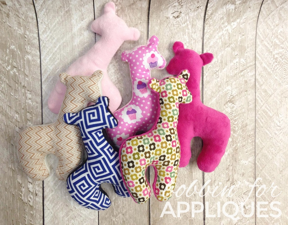 Sweet Simple Giraffe ITH In the Hoop Stuffed Toy Embroidery Design