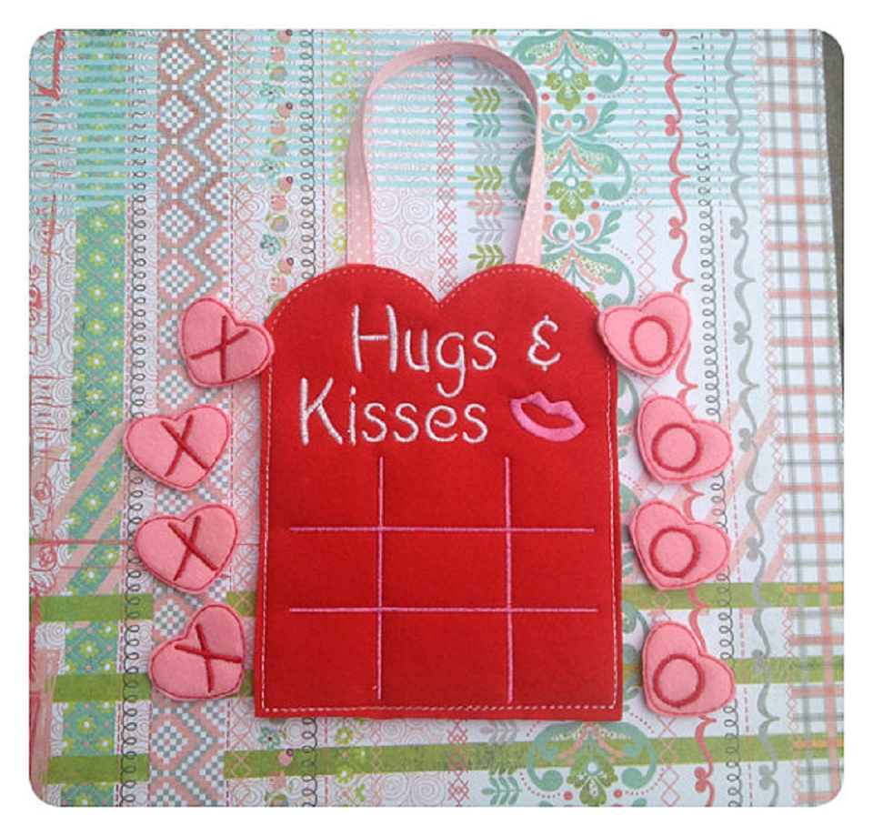 Hugs And Kisses Tic Tac Toe Game ITH 5x7