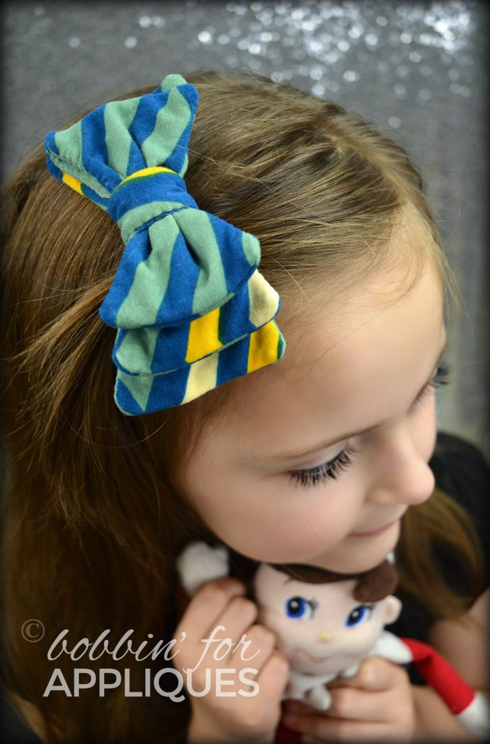 Triple Stacked Fabric Basic Bows ITH Project